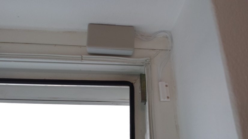 Low power door/window sensor